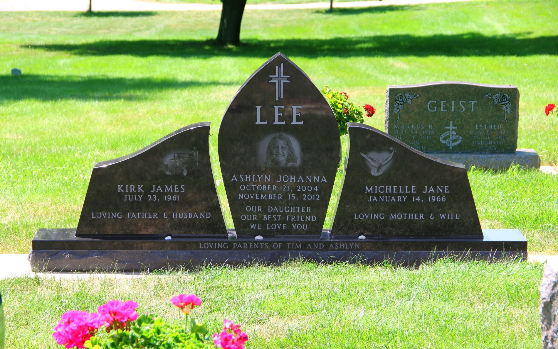 Lee Front Web