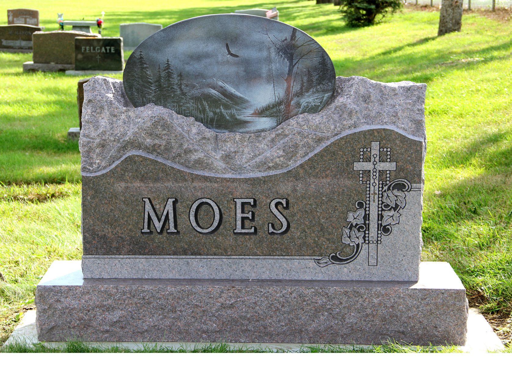 Moes Web